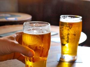 como-conectar-ideas-haz-otra-cosa-presentaciones-hablar-en-publico-tomar-cervezas